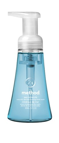 Method naturally foaming hand soap